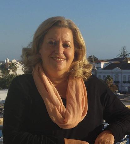 Dra Fernanda Maria Tomé Soares Entrudo Uva Jacinto